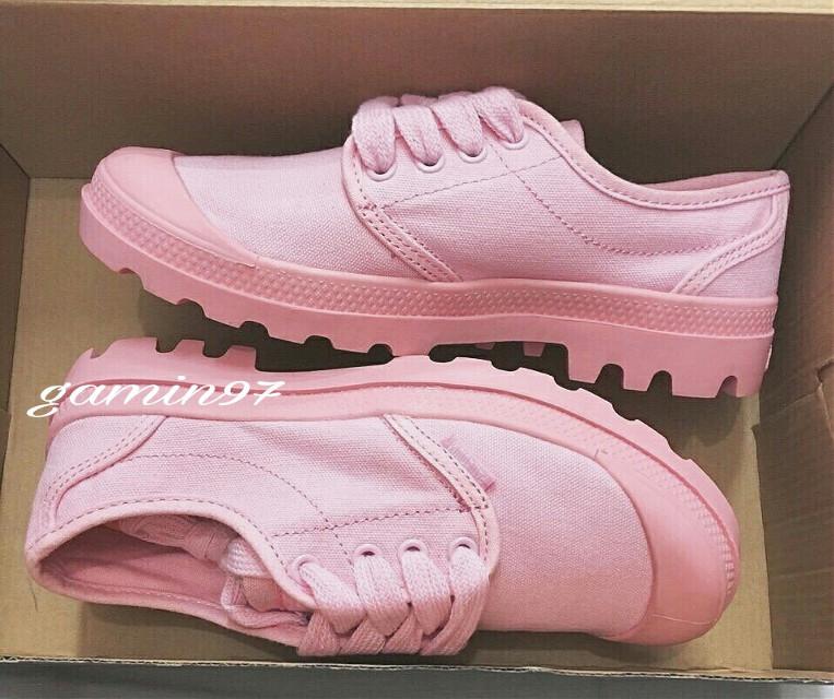 PALLADIUM Low Top Pink  Các cậu chờ thấp cổ đã lâu chưaaaa 🙈 Mới về màu TRIPPLR PINK low nha. Các bánh bèo lạc trôi hết vào đây nàoooo 😝 Hàng SF - Fullbox  #600k  Size: 36 - 39 #palladium #palladiumpink #palladiumboots #palladiummall #giaythethao #shoe #shoes #Like4like #followforfollow #l4l #picoftheday #instadaily #instagood #pink #lovely  #FreeToEdit