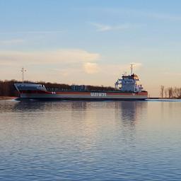 themitten greatlakes smalltown freighters freetoedit